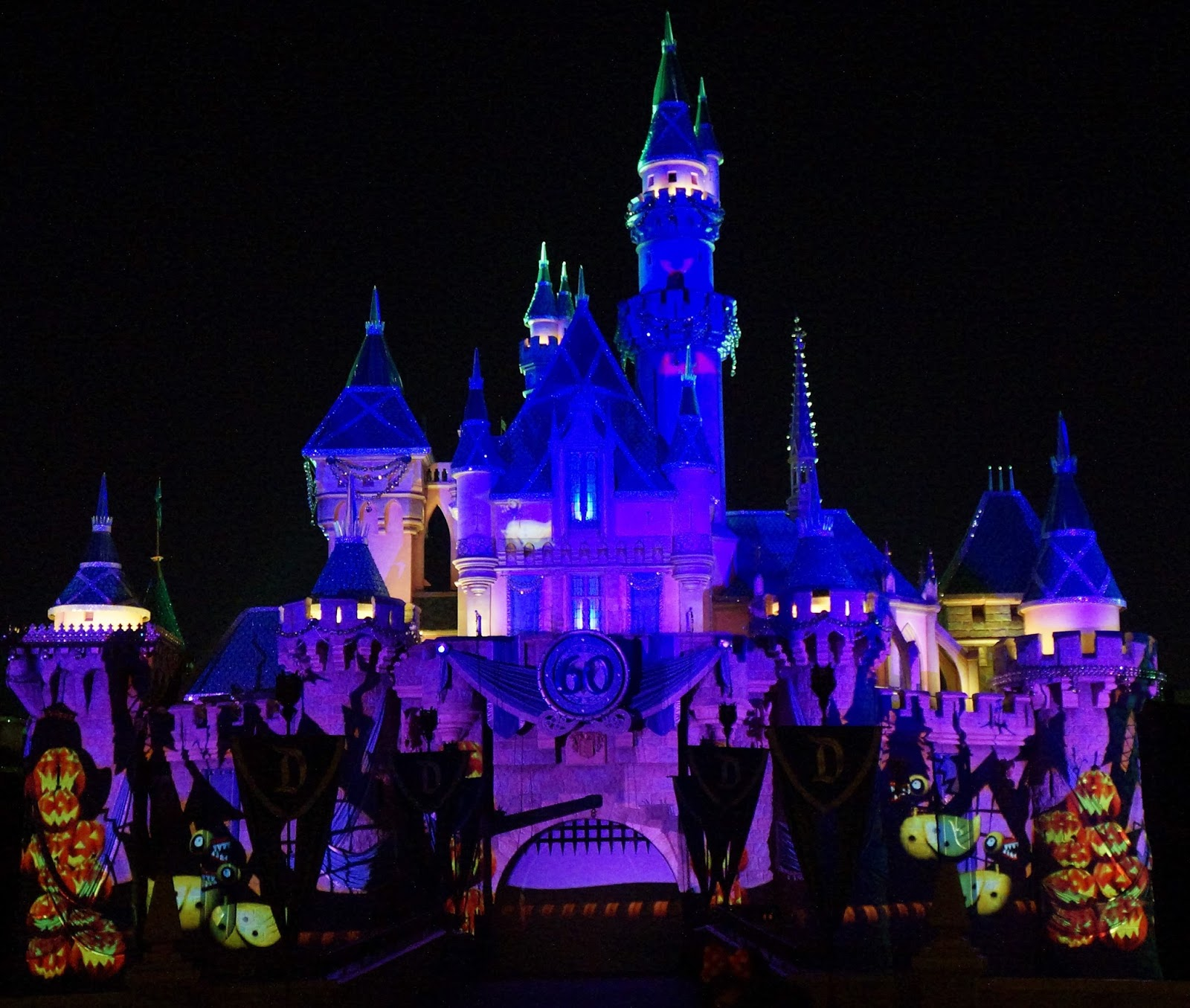 Guide to Mickey's 2017 Halloween Party at Disneyland