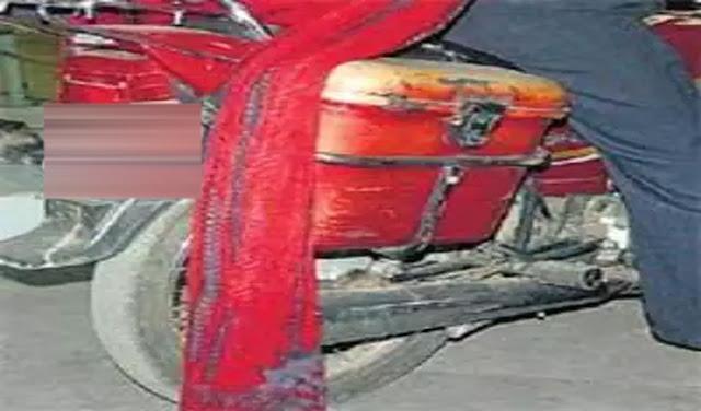 हमीरपुर: बेटे के साथ बाइक पर जा रही माँ, टायर में फंसा दुपट्टा मिली दर्दनाक मौत