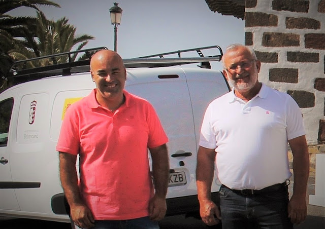 Concejal%2By%2Balcalde%2Bde%2BBetancuria - Fuerteventura.- Betancuria contrata un servicio para la promoción y desarrollo de la actividad económica en el municipio