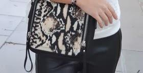 4 maneras de llevar... un bolso efecto piel serpiente