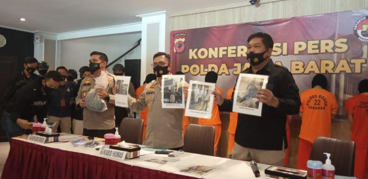 Klarifikasi Anggota FPI yang Terlibat Bom Molotov, Pengacara: Polisi Nggak Profesional
