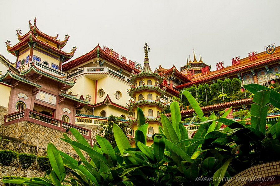 пагода Kek Lok Si
