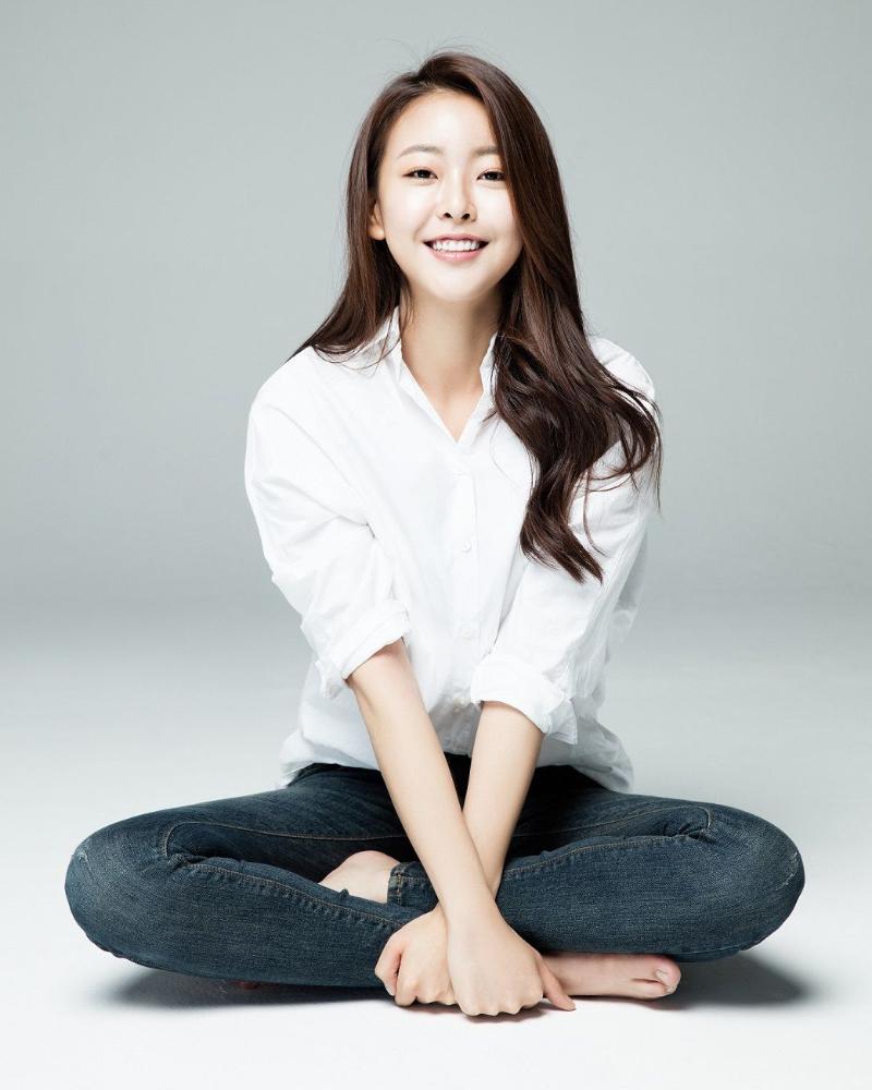 cewek manis korea selatan imtu dan hot Go Won Hee