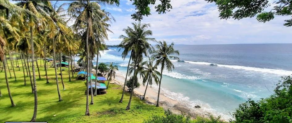 Tempat Wisata Pantai Senggigi Lombok Barat