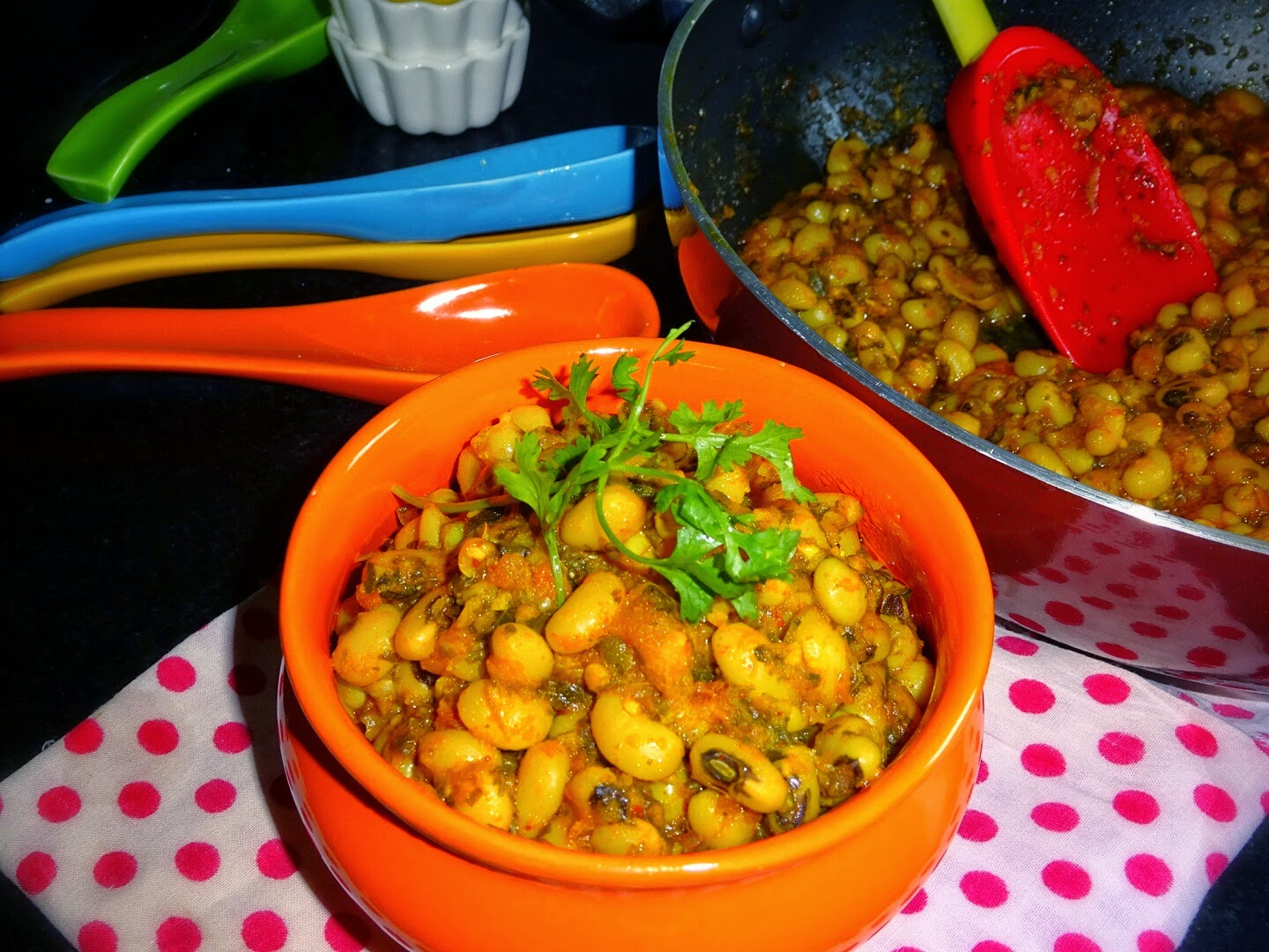 Spicy Black-eyed Peas Garlic Masala Fry