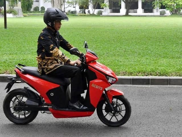 Pemenang Lelang Motor Gesits Jokowi Senilai Rp2,5 M Ditangkap Polisi
