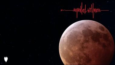 Superblood Wolfmoon Lyrics - Pearl Jam
