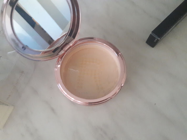 makeup revolution loose powder medium beige notino.hr