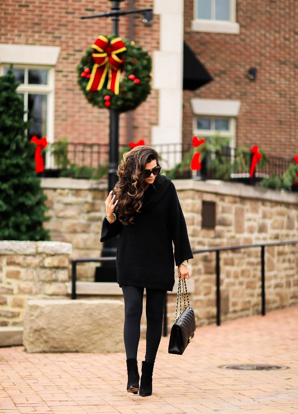 chic all black for christmas time