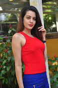 diksha panth latest sizzling pics-thumbnail-7