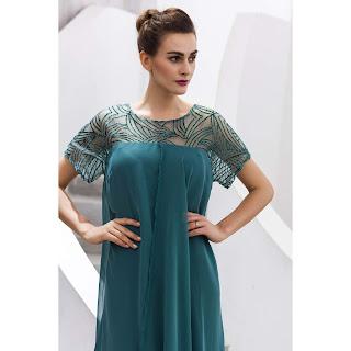فستان طويل ناعم
