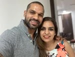 shikhar dhawan with her sister