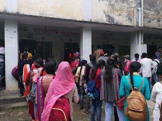 कोरोना को लेकर टीडी कालेज में कोई व्यवस्था नहीं : शान्तनु सिंह | #NayaSaberaNetwork