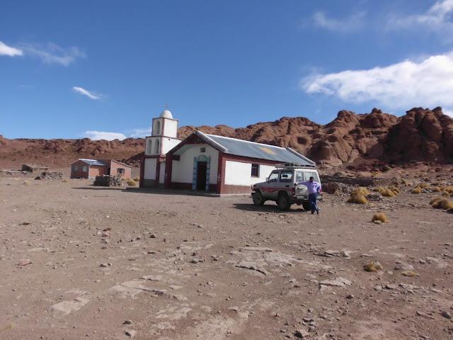 Unsere Kapelle. Das Bergdorf Río Chilenas liegt sage und schreibe 4.450 Meter hoch.