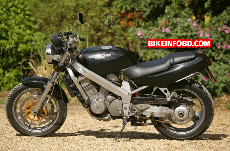 Honda Bros 400 (NT400) Specifications, Review, Top Speed, Picture, Engine, Parts & History