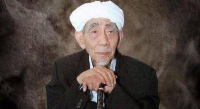 Doa Mbah Moen Ingin Meninggal di Makkah pada Hari Selasa Terkabul