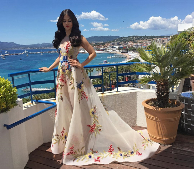 Aishwarya Rai Bachchan at cannes 2017 , Cannes Film Festival 2017, indian actresses at cannes 2017, who wore what cannes 2017