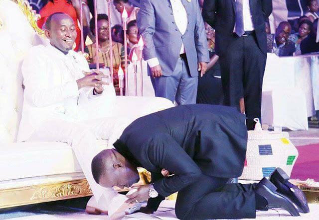Trending Photos Of Church Members Kissing Pastor's Feet In Front Of Congregation1
