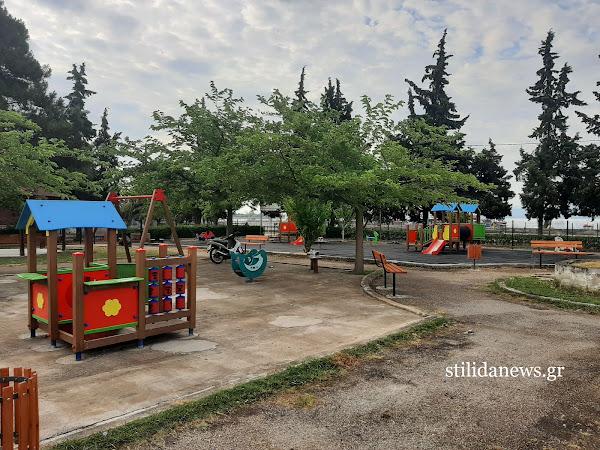 Στυλίδα: Με ταχείς ρυθμούς προχωρά η ανάπλαση της Παιδικής Χαράς στο Πάρκο του Λαού