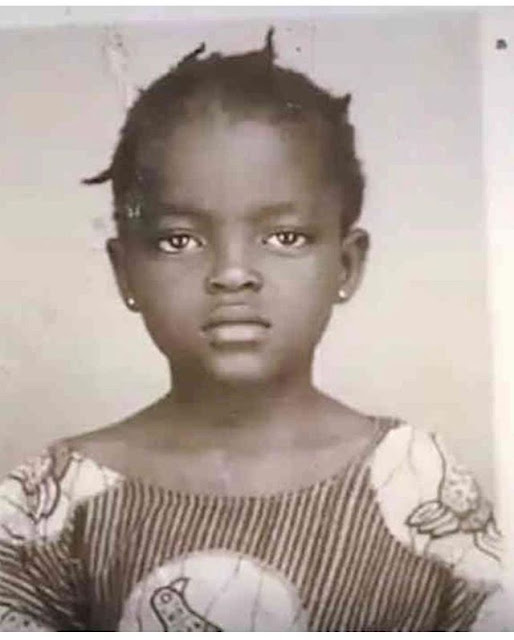 Check out this old photo of this Nollywood actress - efogator.com