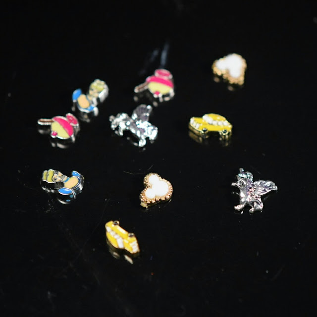 Sparkly Shop Nail Charms