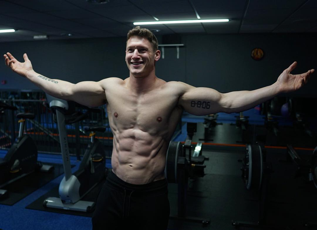 straight-muscular-masculine-shirtless-gym-men-smiling-fit-body-daddy-big-biceps