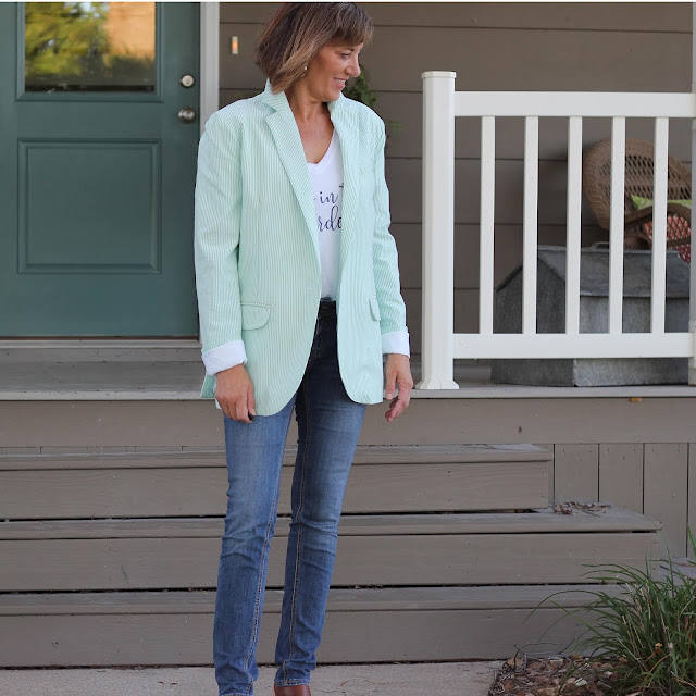 McCall's 7818 oversized blazer made in Mood Fabrics' seersucker