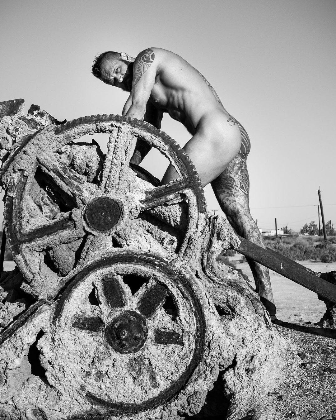 GearS, by David Gzimmerman ft TankJoey