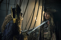 Geoffrey Rush and Johnny Depp in Pirates of the Caribbean: Dead Men Tell No Tales (7)