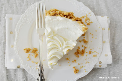 Key Lime Pie, Key Lime Sour Cream Pie, Citrus Pie, Citrus Recipes, Winter Baking Ideas, Key Lime Recipes