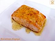 http://recetinesasgaya.blogspot.com.es/2014/04/salmon-con-mostaza-y-miel-de-montana.html