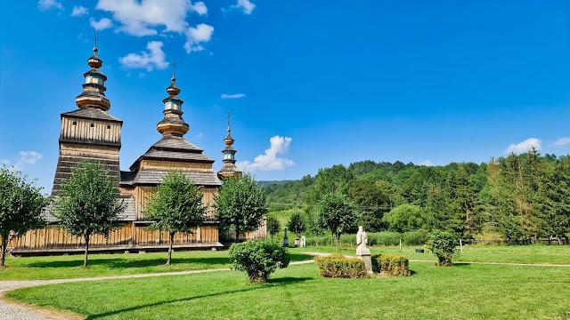 Cerkiew Kosmy i Damiana w Krempnej - Szlak Architektury Drewnianej