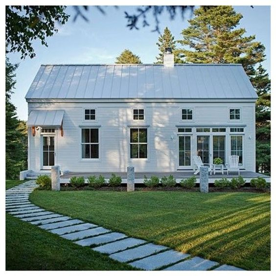 Inspiring modern farmhouse exteriors hello lovely for Modern farmhouse exterior