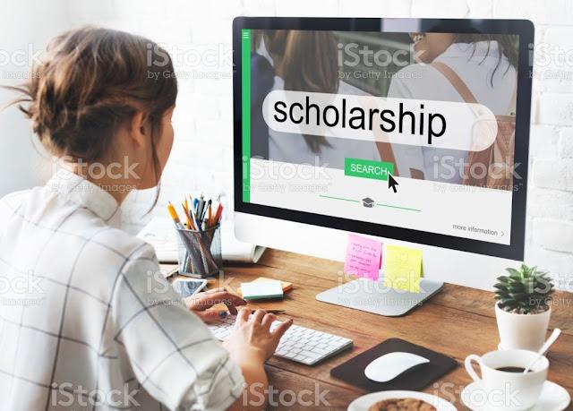 المنح الدراسية Scholarships