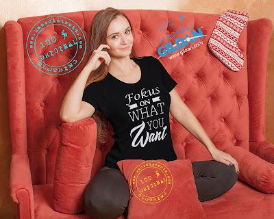 Kaos Cewek Fokus Pada Apa Yang Kamu Inginkan Warna Hitam