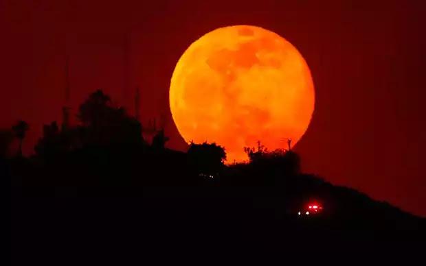 Πανσέληνος: Διπλή τον Οκτώβριο-Tον νου σας οι σατανιστές που θέλουν να στη στείλουν την ψυχή σας στην σελήνη