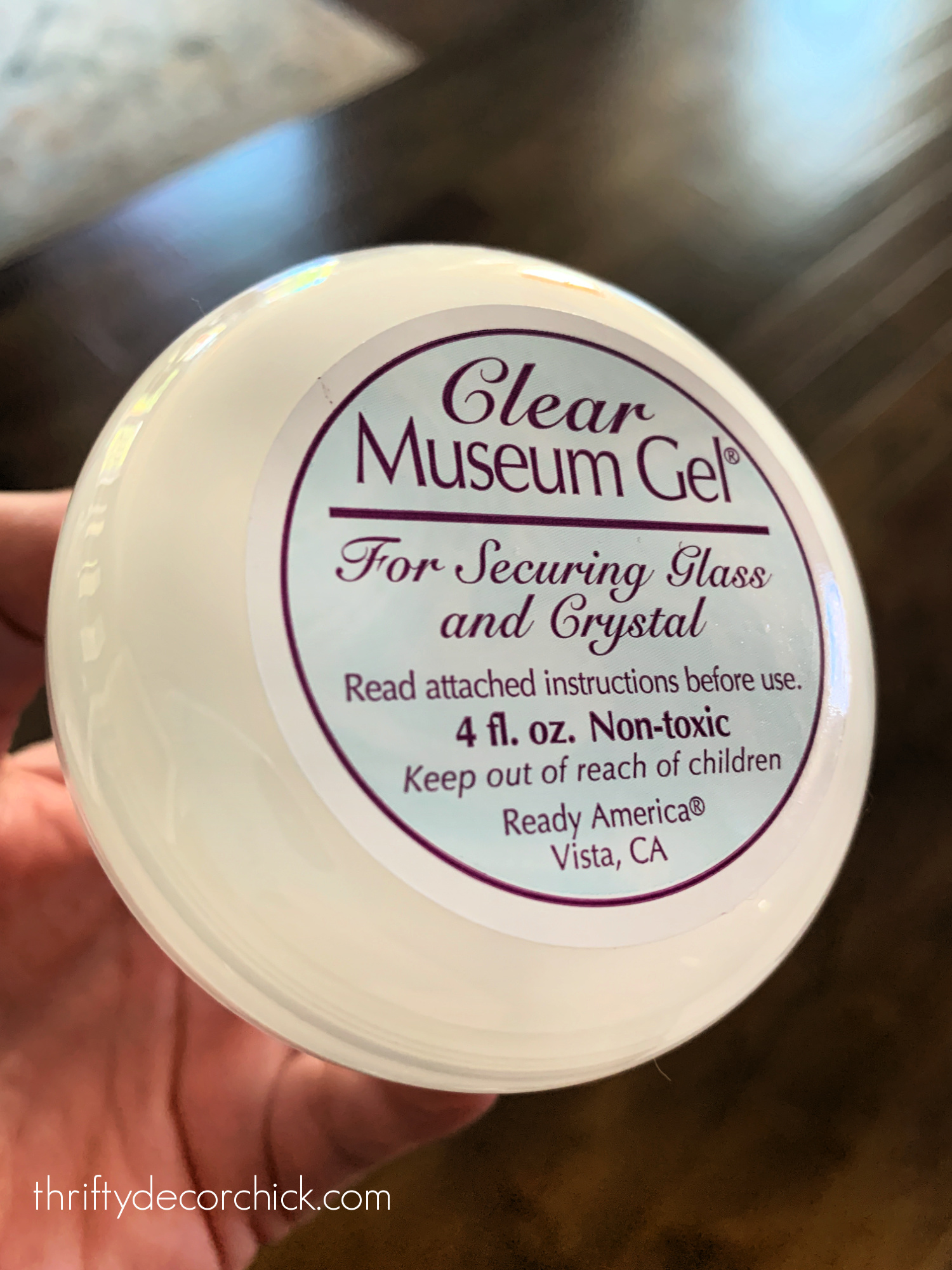 clear museum gel or putty