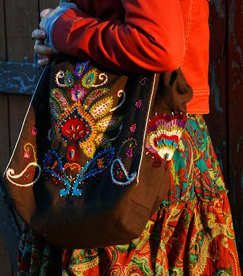 sfbag4+%282%29 - Instant Karma Embroidered Bag = Instant Love