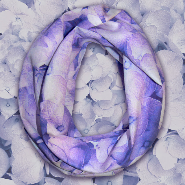 http://beaumondeorganics.com/bloom-morning-haze-organic-sateen-infinity-style-n-go-scarf/