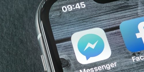 Facebook wants to make the default Messenger app on iOS