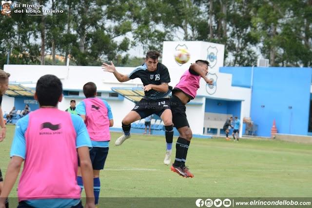 Practica de fútbol pensando en Los Andes
