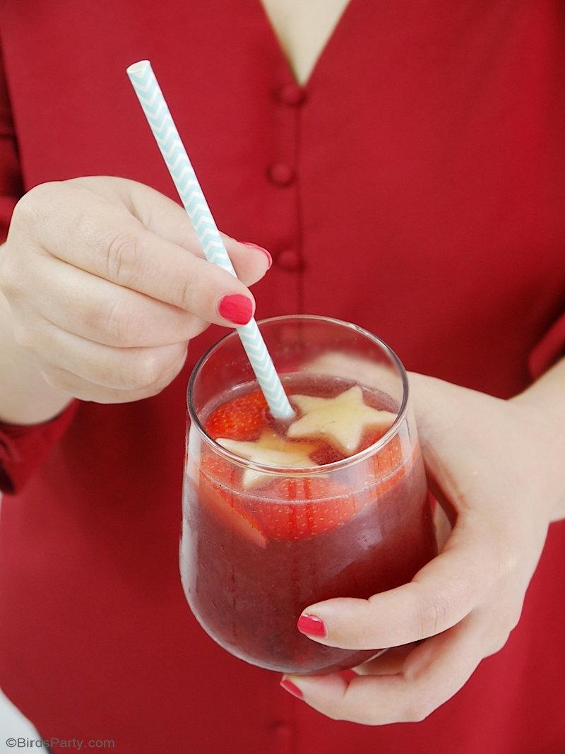 Recette Cocktail Sangria Fruitée - une recette de cocktail délicieuse de saison, rapide et facile à préparer, pour servir lors de vos apéros cet été! by BirdsParty.com @birdsparty #apero #recetteapero #ideesapero #aperoestival #cocktail #sangria #boisson14juillet #14juillet