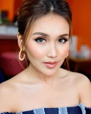 Ayu Ting Ting Dengan Style Yang Seksi Dan Hot Rambut Panjang Bikin Cantik Selalu