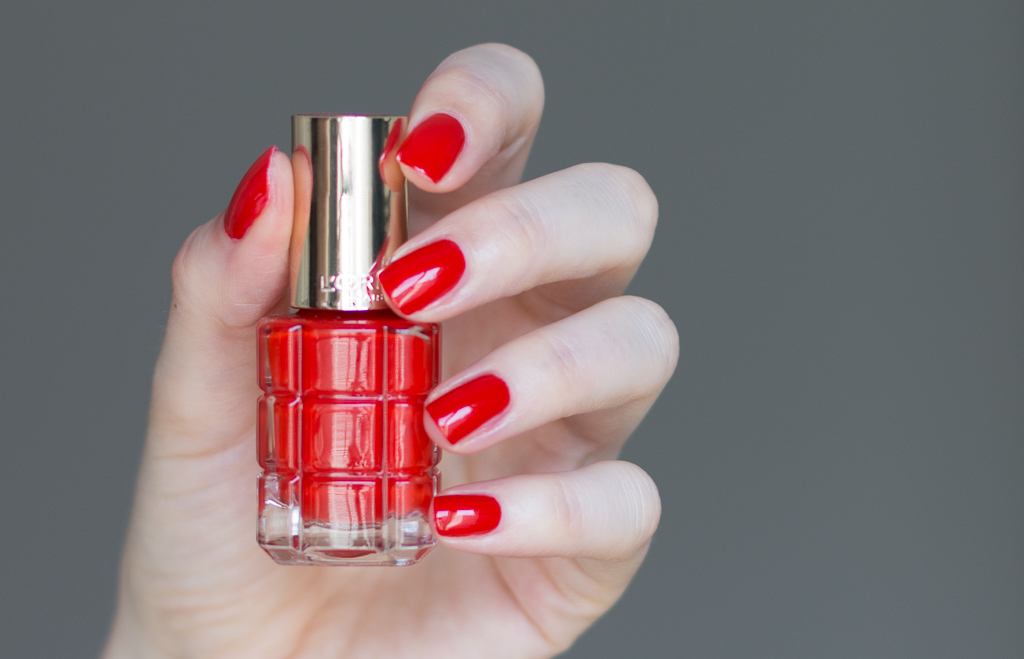L'Oréal Paris Color Riche Le Vernis À L'Huile Nagellack 444 Orange Triomphe