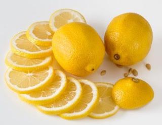 gambar Masker jeruk lemon cara memutihkan kulit dengan air lemon