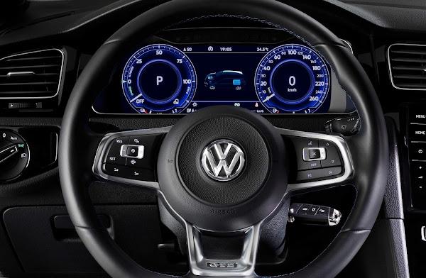 Golf GTE híbrido plug-in disponível para locação na Unidas