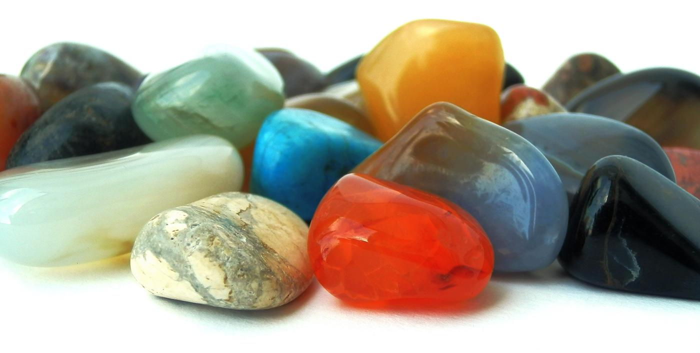 Manufacturer & Wholesale Suppliers of Indian Gemstones