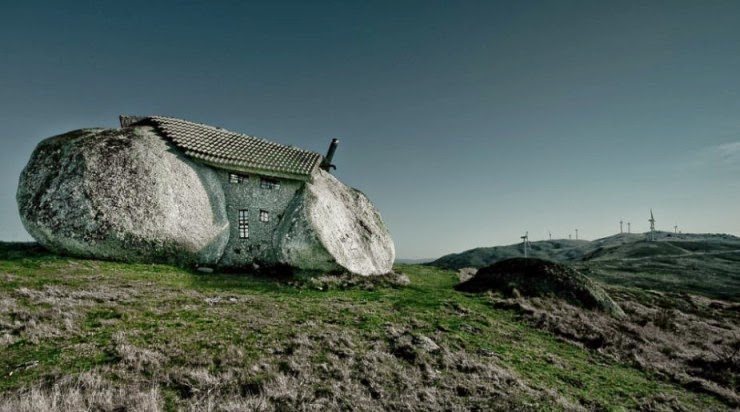 5. Stone House, Guimarães, Fafe Mountains, Portugal - Top 10 Houses in the Middle of Nowhere