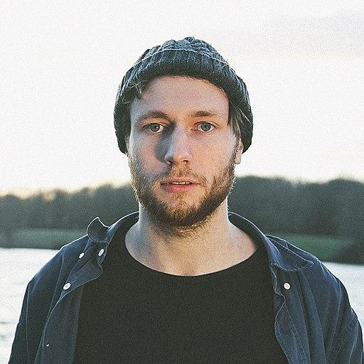 "Watch Welsh Sound Designer Novo Amor Single ""Opaline"" (Video)"