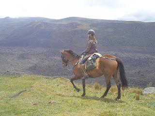 Ecuador, tulivuori, volcano, Riitta reissaa, riitta kosonen, ratsastumatka, Horsexplore